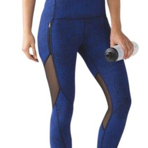 Lululemon bright blue and mesh legging